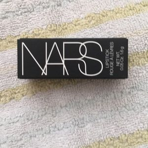 Brand new mini size NARS lippie in shade toléde